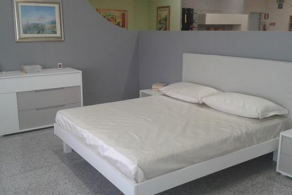 Camere da letto in offerta ossona rvs arredamenti for Corbetta arredamenti